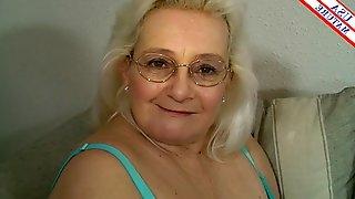 Nerdy grandma gives a soft and sensual blowjob to his big dick